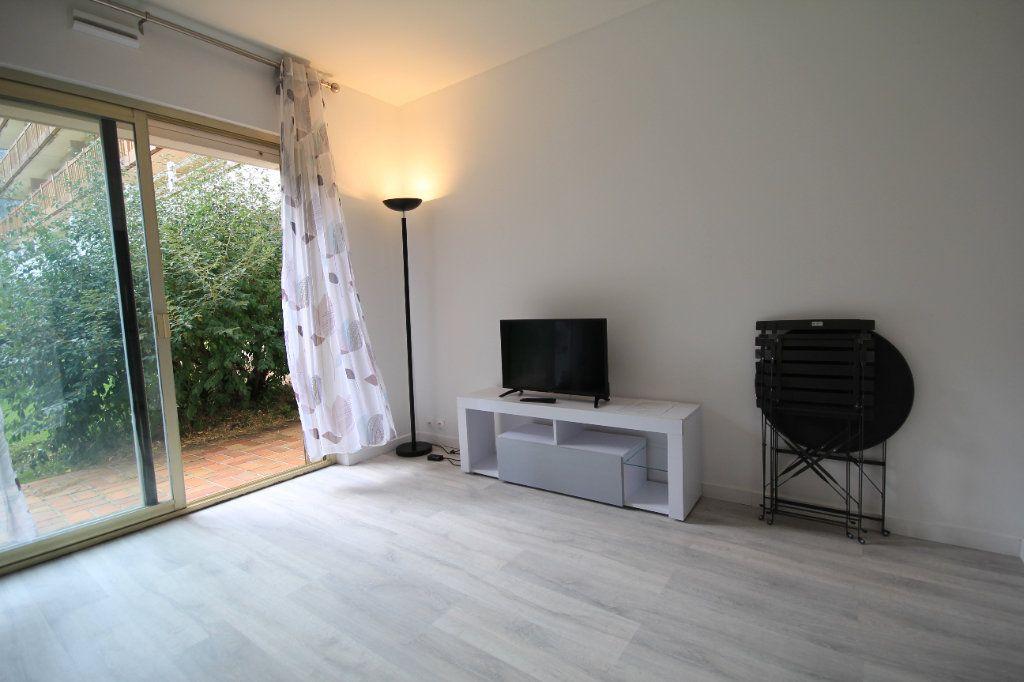 Appartement à louer 1 19.96m2 à Deauville vignette-2