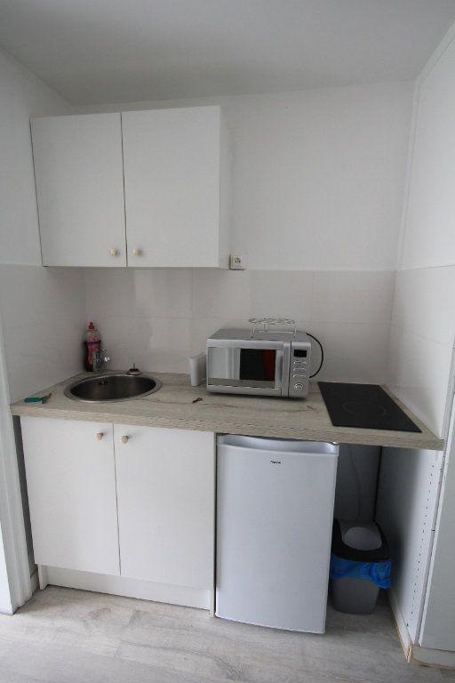 Appartement à louer 1 19.96m2 à Deauville vignette-5