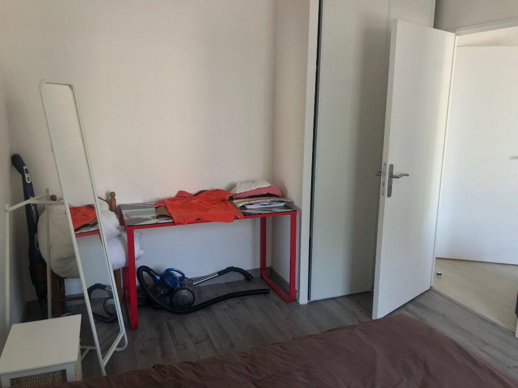 Appartement à louer 2 41m2 à Le Petit-Quevilly vignette-4