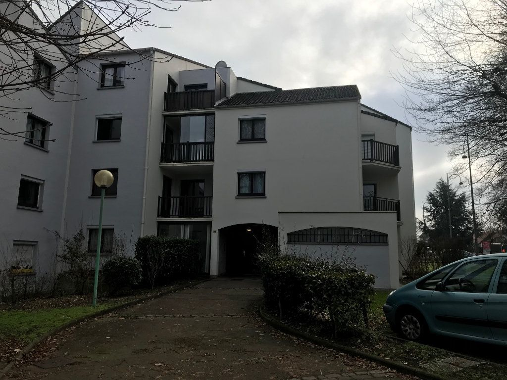 Appartement à vendre 3 65m2 à Le Petit-Quevilly vignette-2