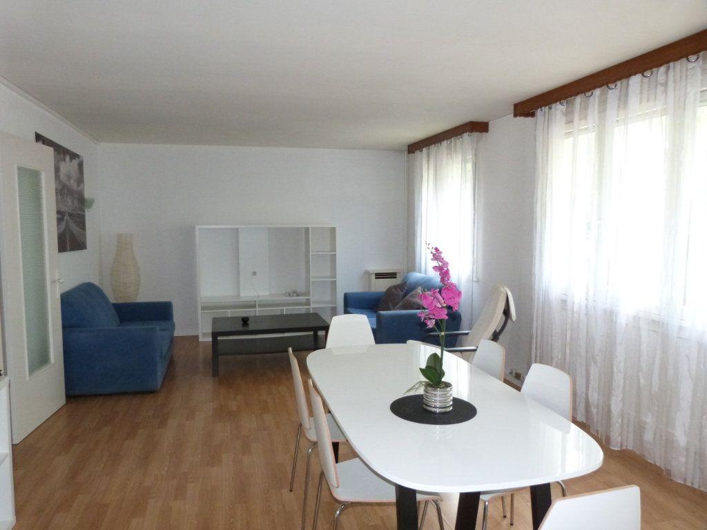 Appartement à vendre 4 67.94m2 à Le Grand-Quevilly vignette-1