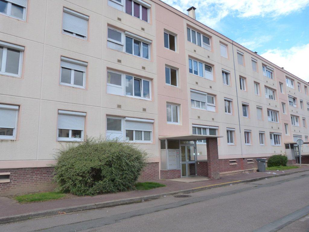 Appartement à vendre 4 67.94m2 à Le Grand-Quevilly vignette-2
