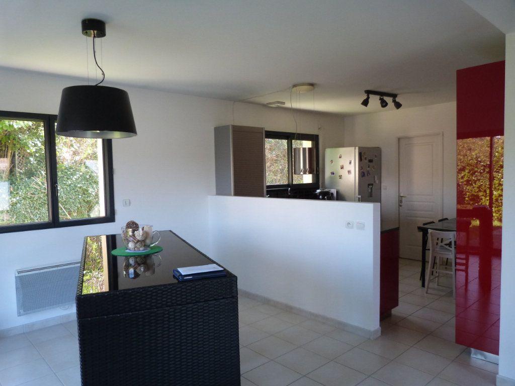Maison à vendre 5 122m2 à Montville vignette-2