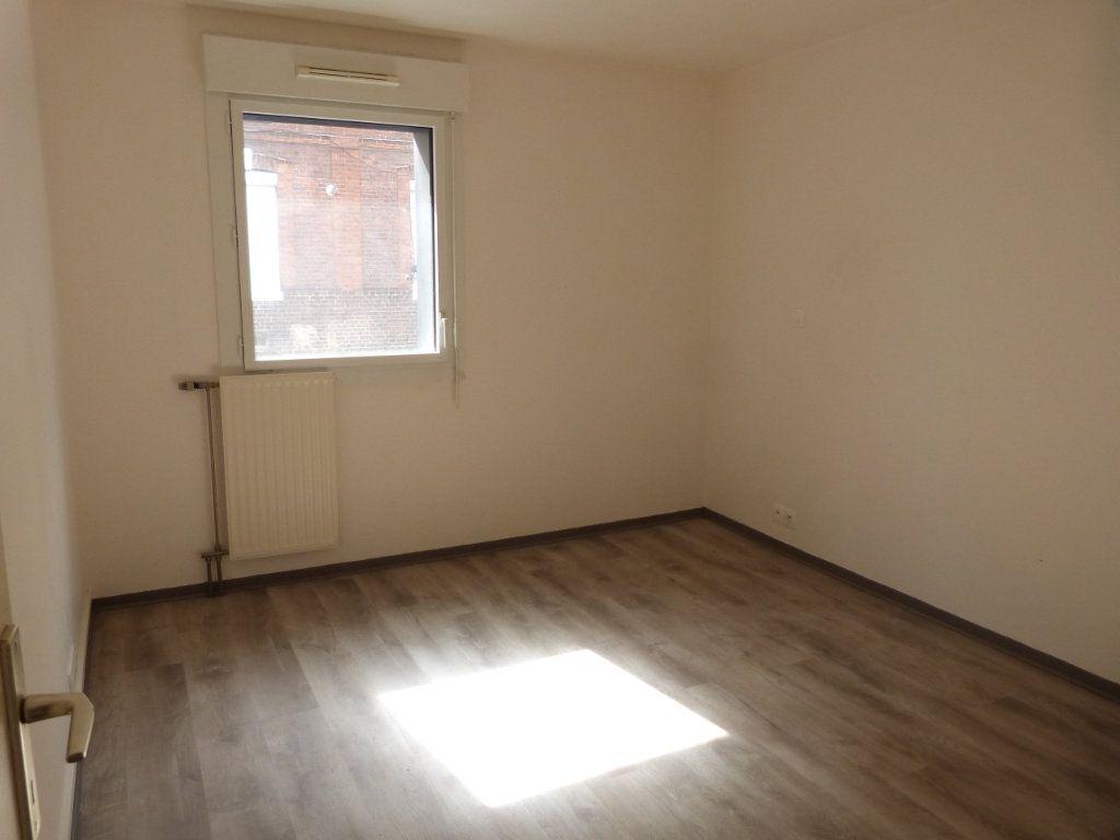 Appartement à louer 3 68.49m2 à Rouen vignette-7