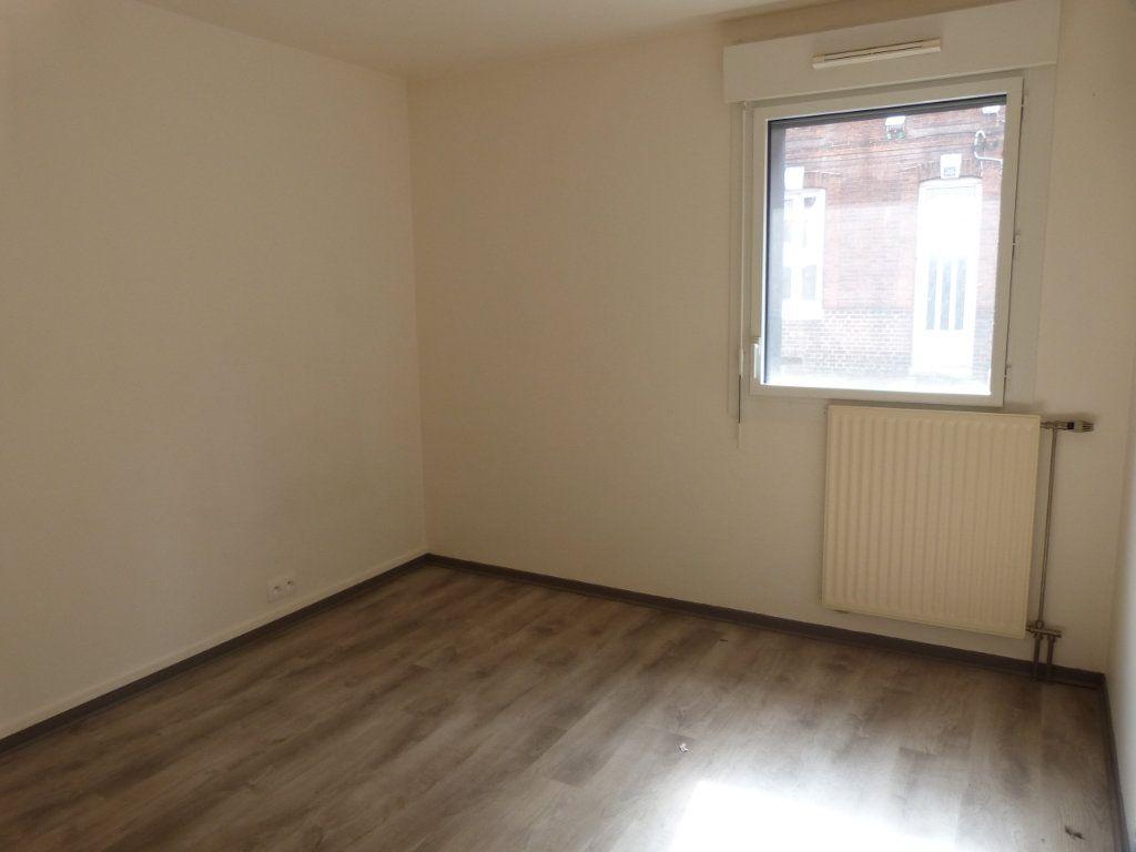Appartement à louer 3 68.49m2 à Rouen vignette-8