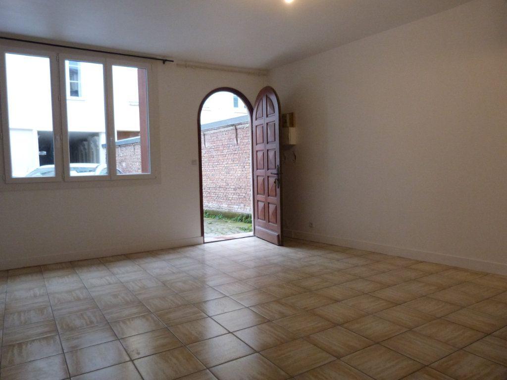 Appartement à louer 1 32m2 à Rouen vignette-3