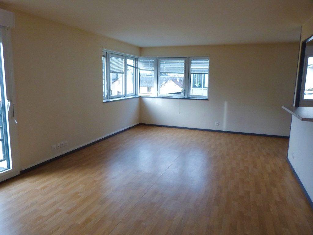 Appartement à louer 3 75.35m2 à Rouen vignette-1