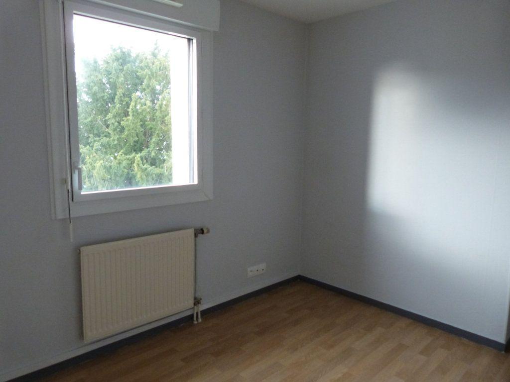 Appartement à louer 3 75.35m2 à Rouen vignette-6