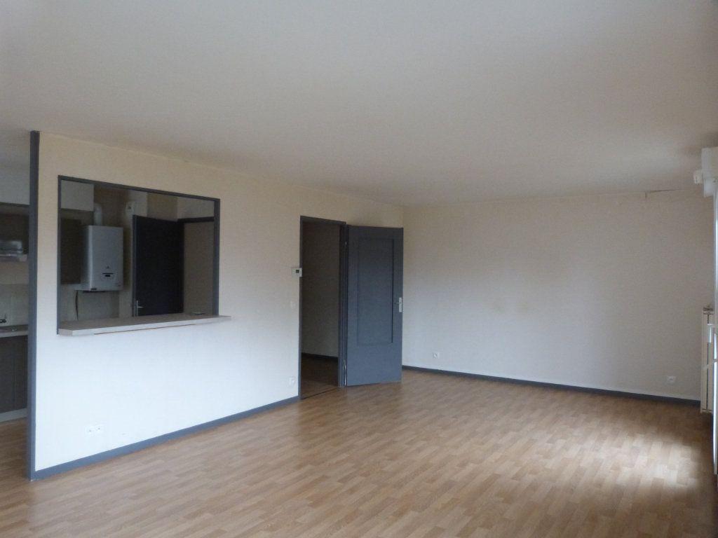 Appartement à louer 3 75.35m2 à Rouen vignette-7