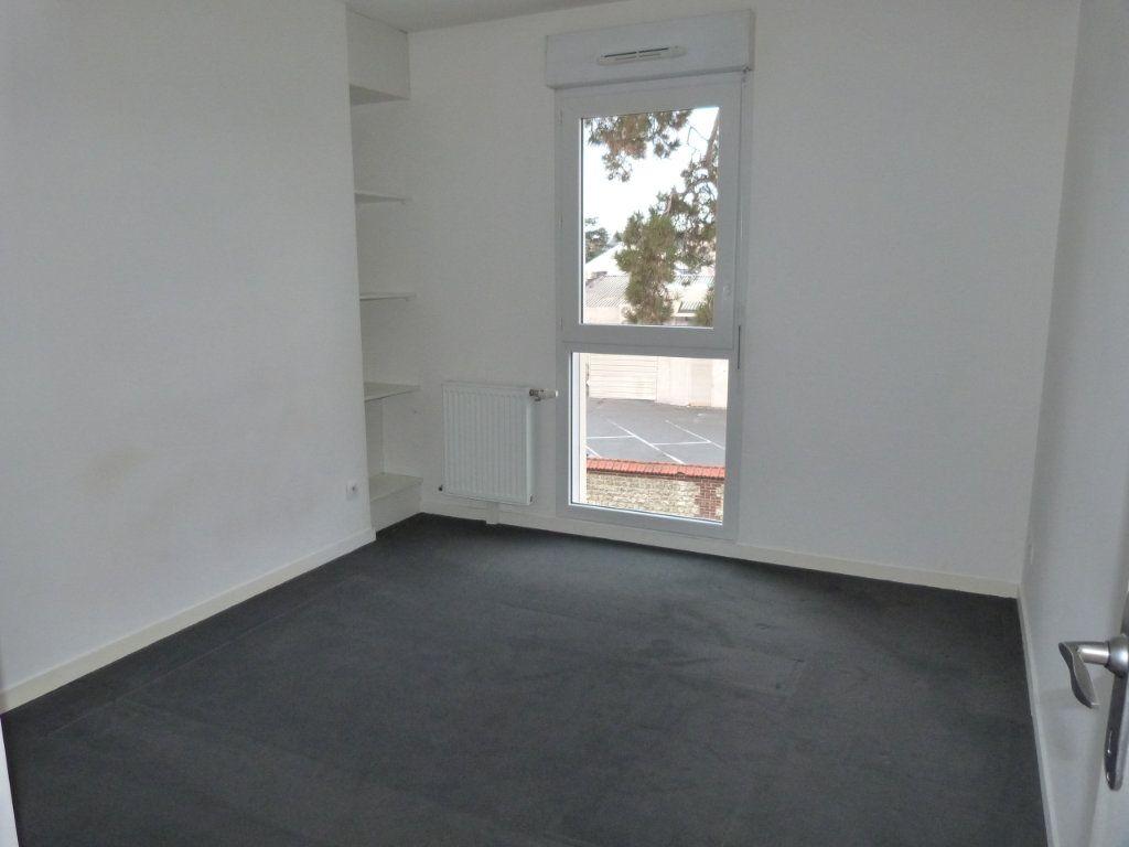 Appartement à louer 3 63.15m2 à Rouen vignette-5