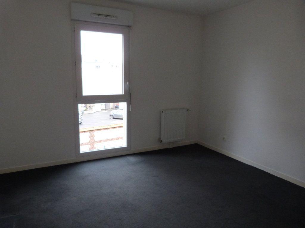 Appartement à louer 3 63.15m2 à Rouen vignette-6