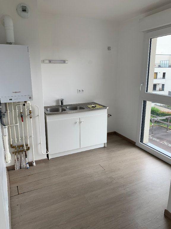 Appartement à louer 3 58.03m2 à Bois-Guillaume vignette-4