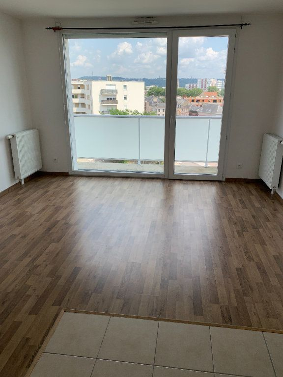 Appartement à louer 2 43.63m2 à Le Petit-Quevilly vignette-1