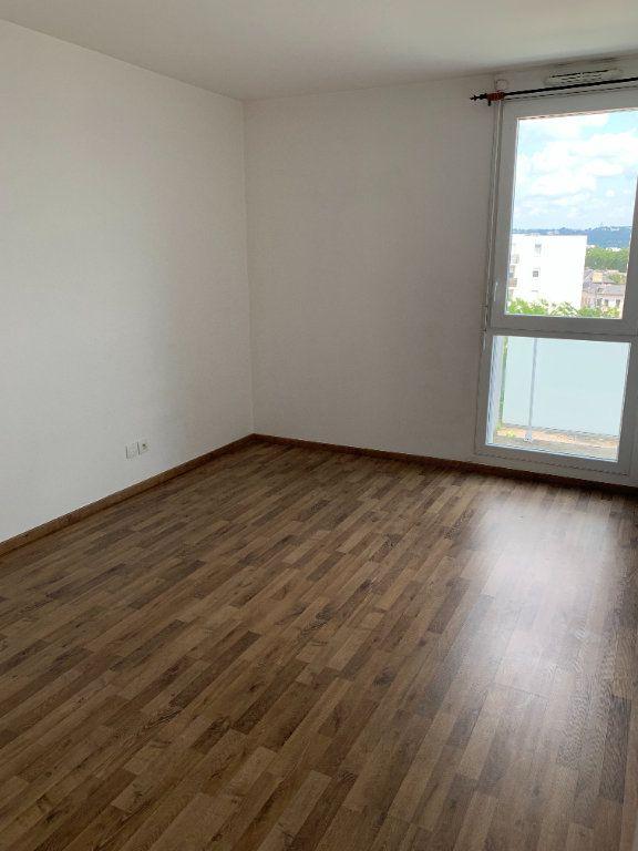 Appartement à louer 2 43.63m2 à Le Petit-Quevilly vignette-3
