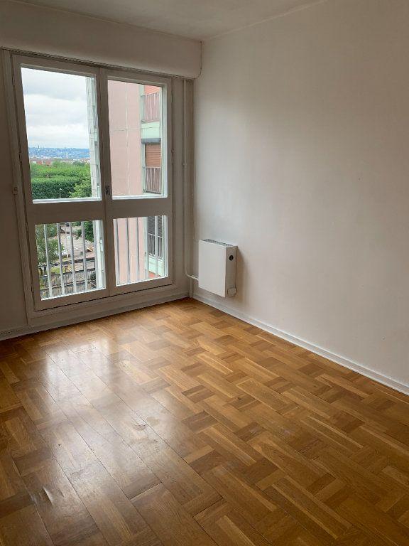 Appartement à louer 3 71.88m2 à Le Grand-Quevilly vignette-3