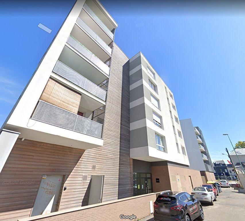 Appartement à louer 2 45.76m2 à Le Petit-Quevilly vignette-1