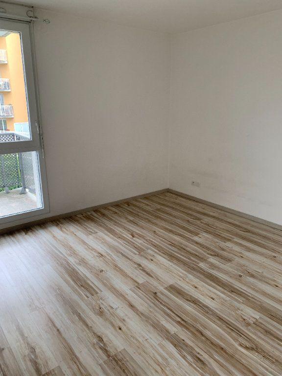 Appartement à louer 2 45.76m2 à Le Petit-Quevilly vignette-5