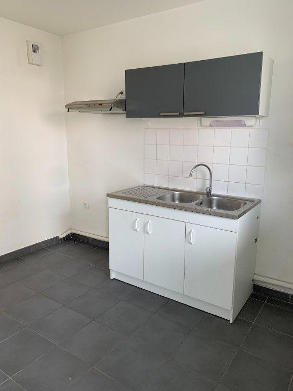 Appartement à louer 2 50.05m2 à Le Petit-Quevilly vignette-2