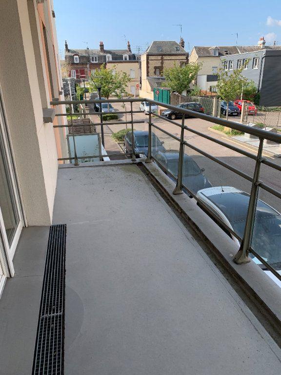 Appartement à louer 2 50.05m2 à Le Petit-Quevilly vignette-7