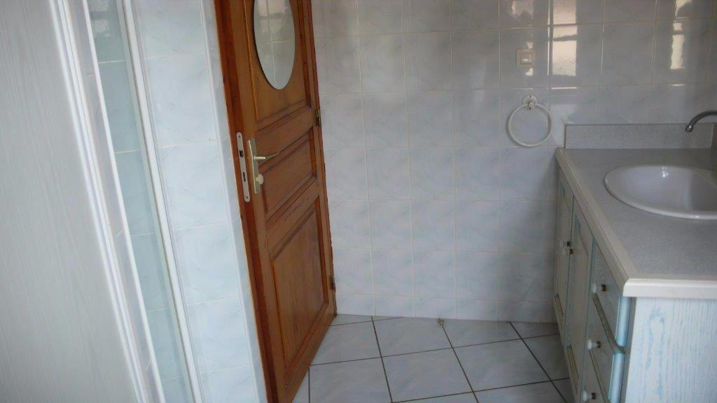 Maison à louer 3 68m2 à Nègrepelisse vignette-5