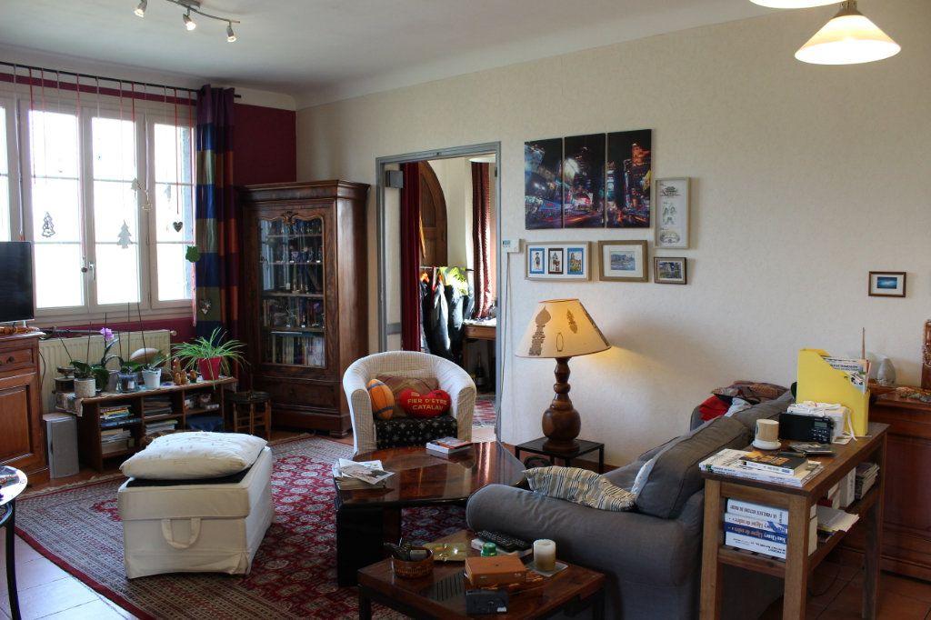 Appartement à vendre 4 92.73m2 à Montauban vignette-3