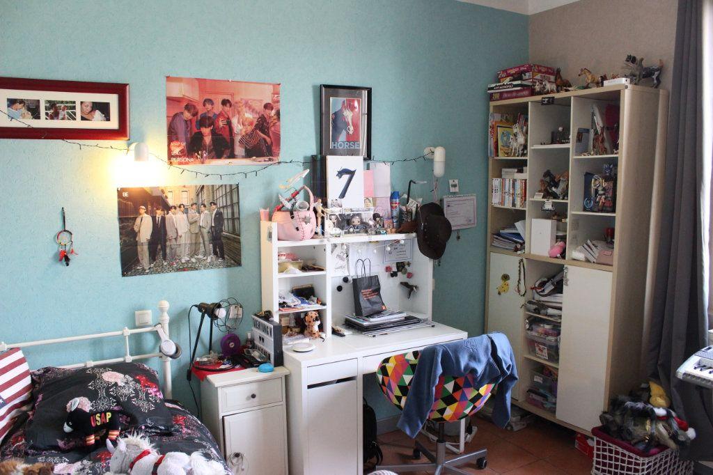 Appartement à vendre 4 92.73m2 à Montauban vignette-5