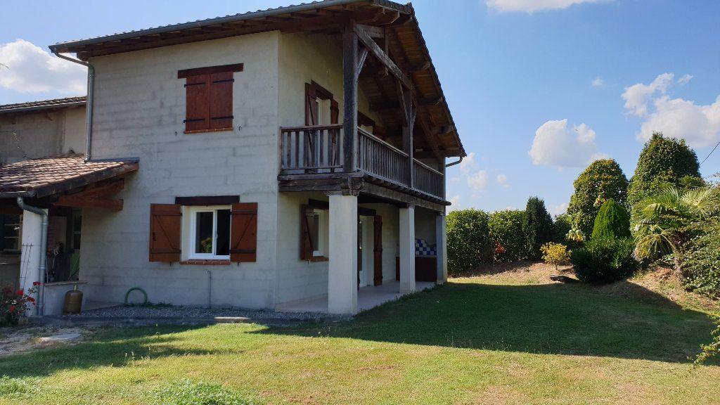 Maison à louer 3 76m2 à Bioule vignette-1