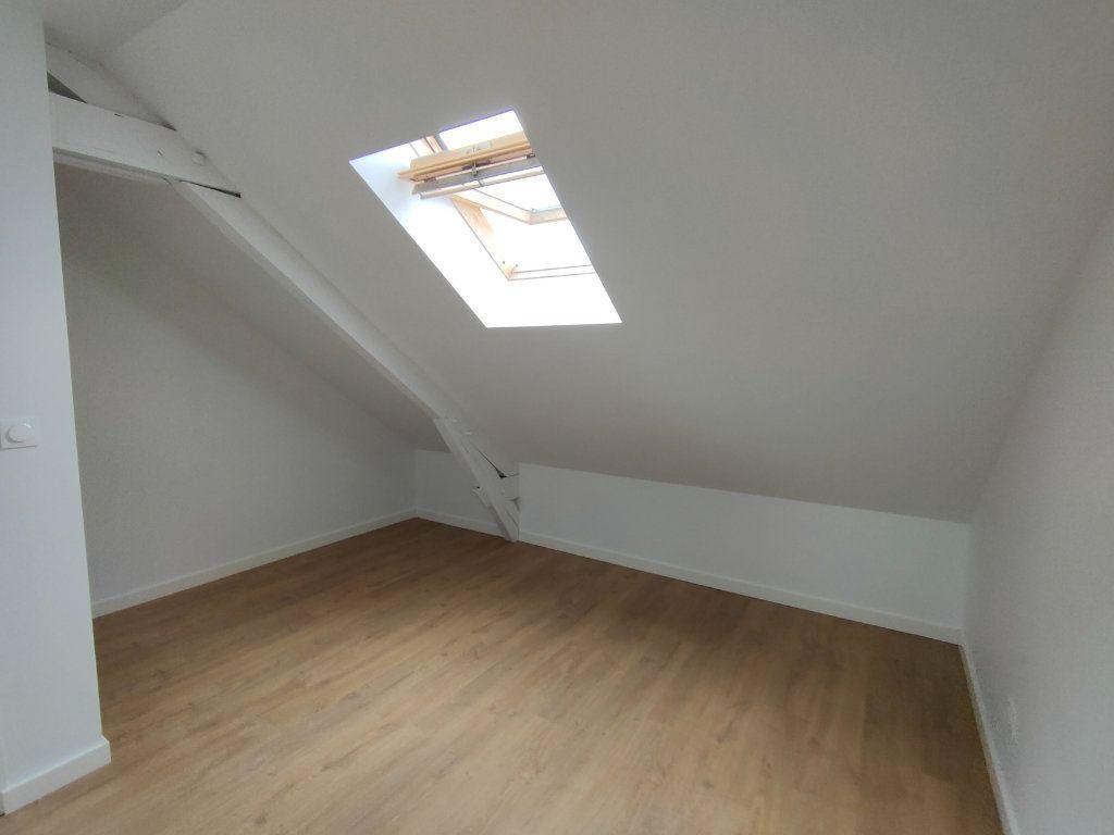 Appartement à louer 3 37m2 à Ingré vignette-4