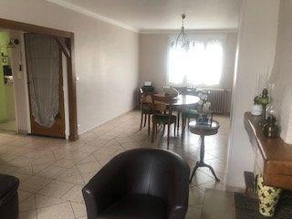 Maison à vendre 5 123.5m2 à Fleury-les-Aubrais vignette-7