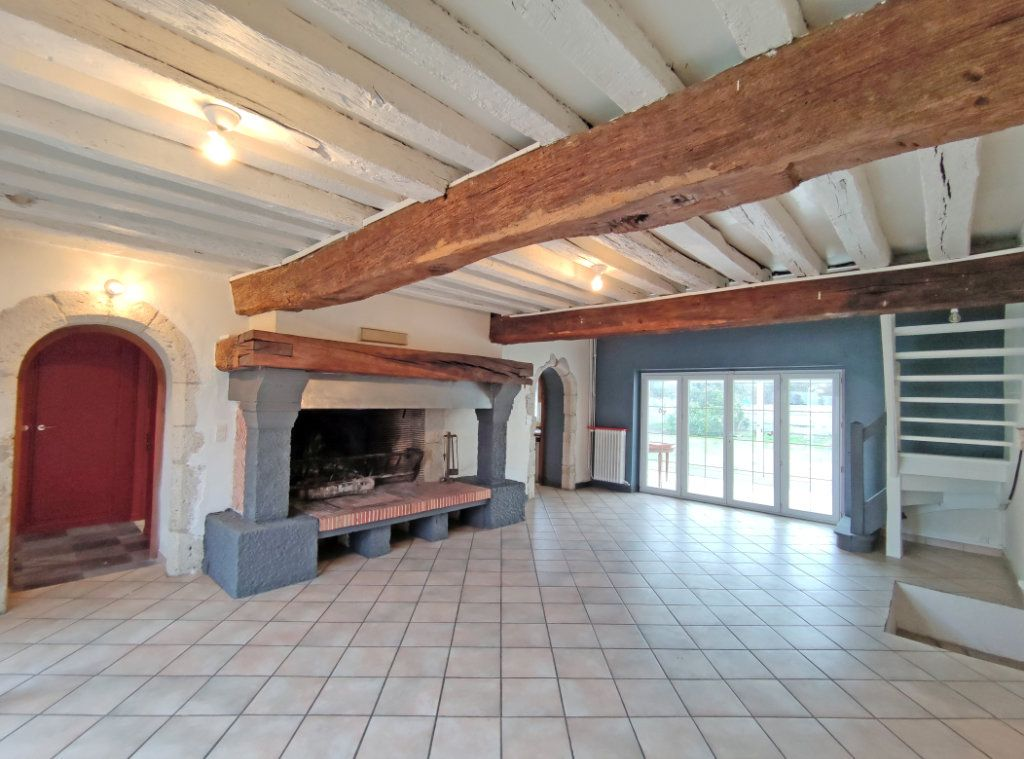 Maison à vendre 7 178m2 à Saint-Hilaire-Saint-Mesmin vignette-1