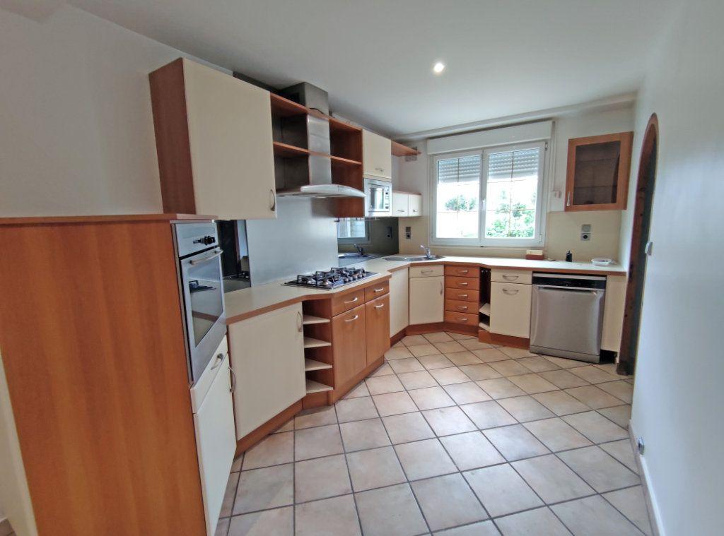 Maison à vendre 7 178m2 à Saint-Hilaire-Saint-Mesmin vignette-3