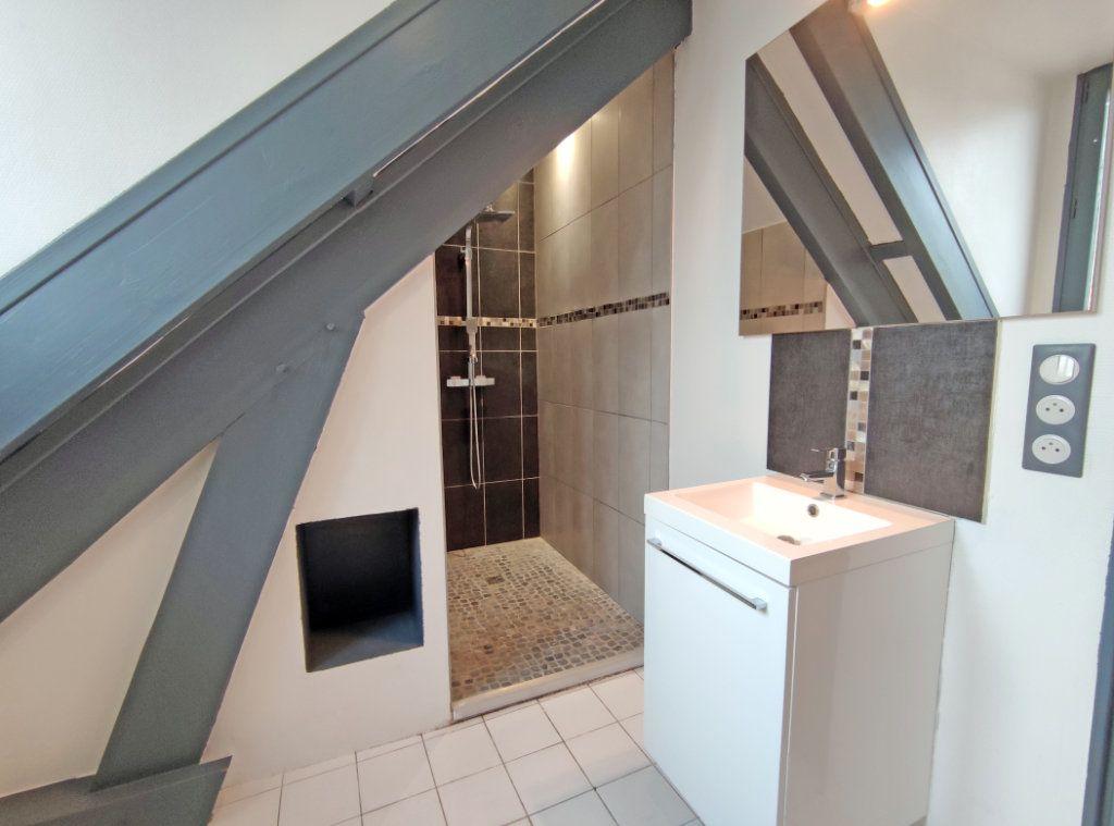 Maison à vendre 7 178m2 à Saint-Hilaire-Saint-Mesmin vignette-10