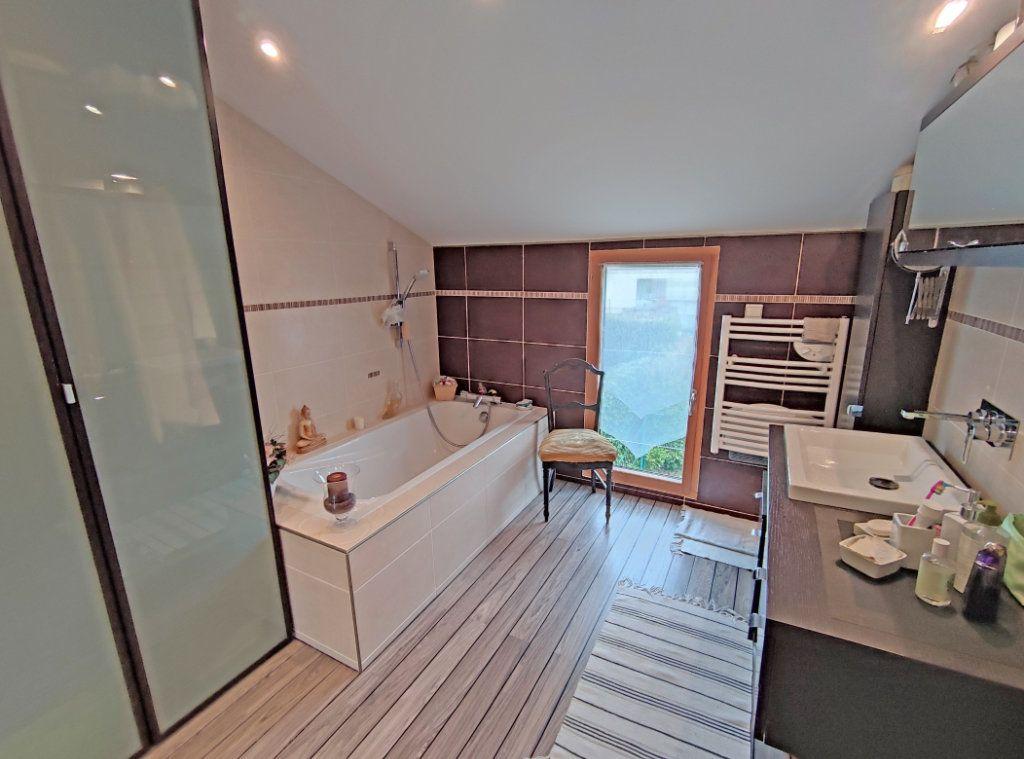 Maison à vendre 6 174m2 à Ingré vignette-13