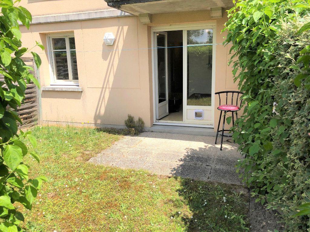 Appartement à vendre 1 33.9m2 à Saint-Jean-de-Braye vignette-1