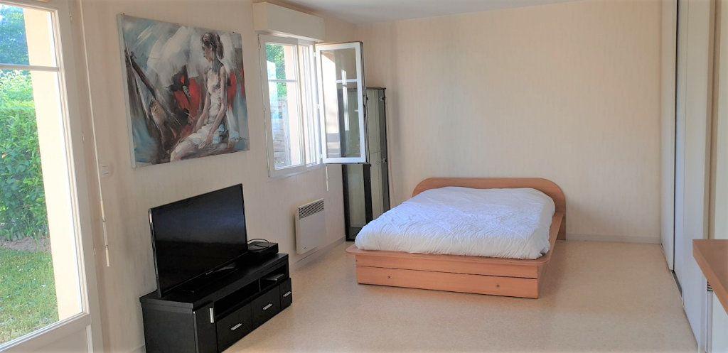 Appartement à vendre 1 33.9m2 à Saint-Jean-de-Braye vignette-2