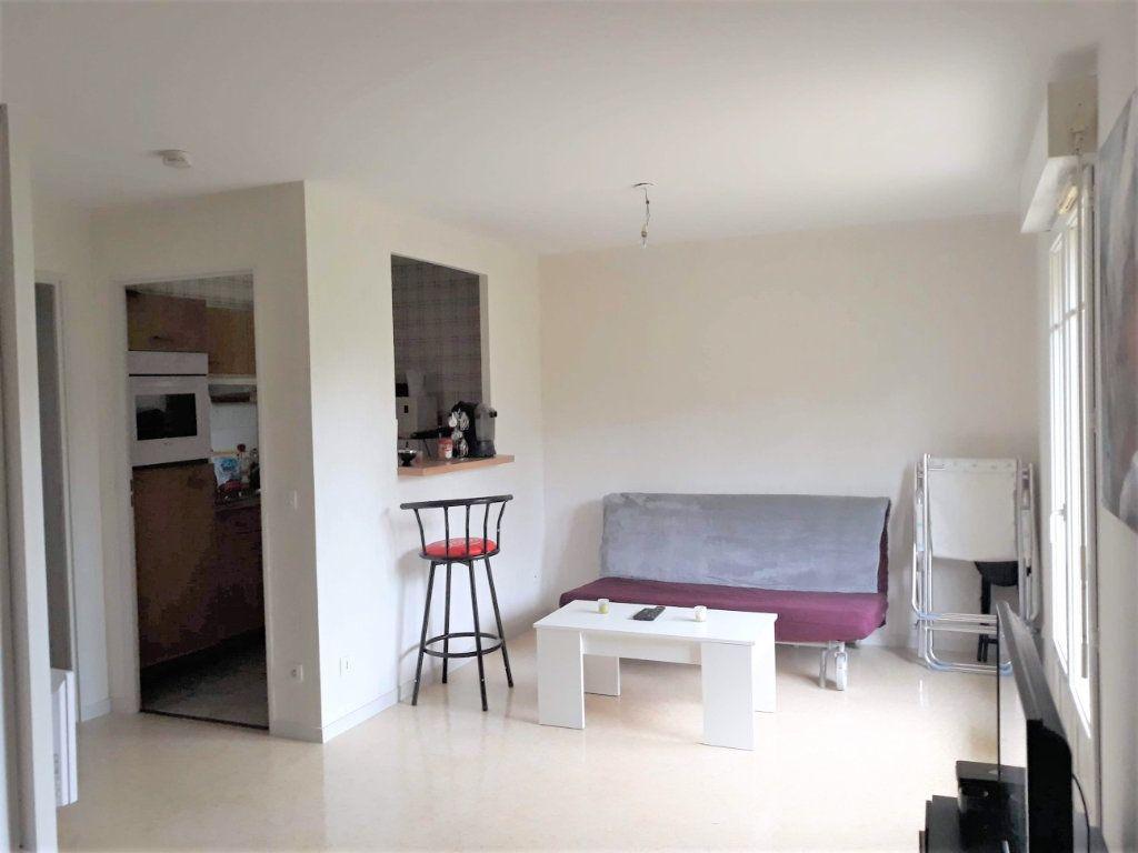 Appartement à vendre 1 33.9m2 à Saint-Jean-de-Braye vignette-3