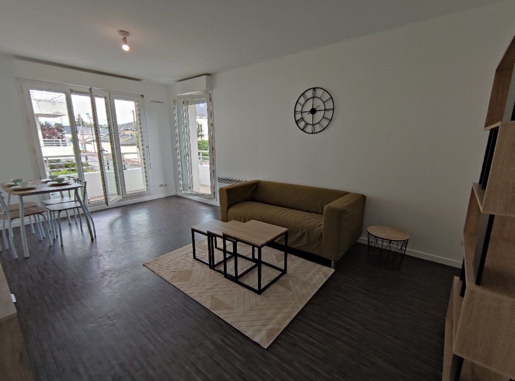 Appartement à louer 2 46.45m2 à Saint-Jean-de-Braye vignette-1