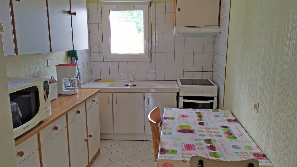 Appartement à louer 2 41m2 à Saint-Jean-de-la-Ruelle vignette-1