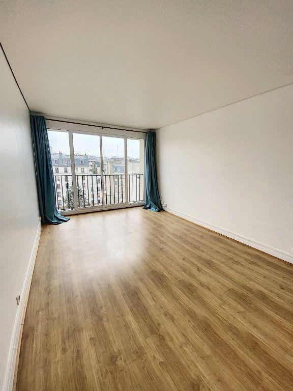 Appartement à vendre 1 28m2 à Paris 10 vignette-4