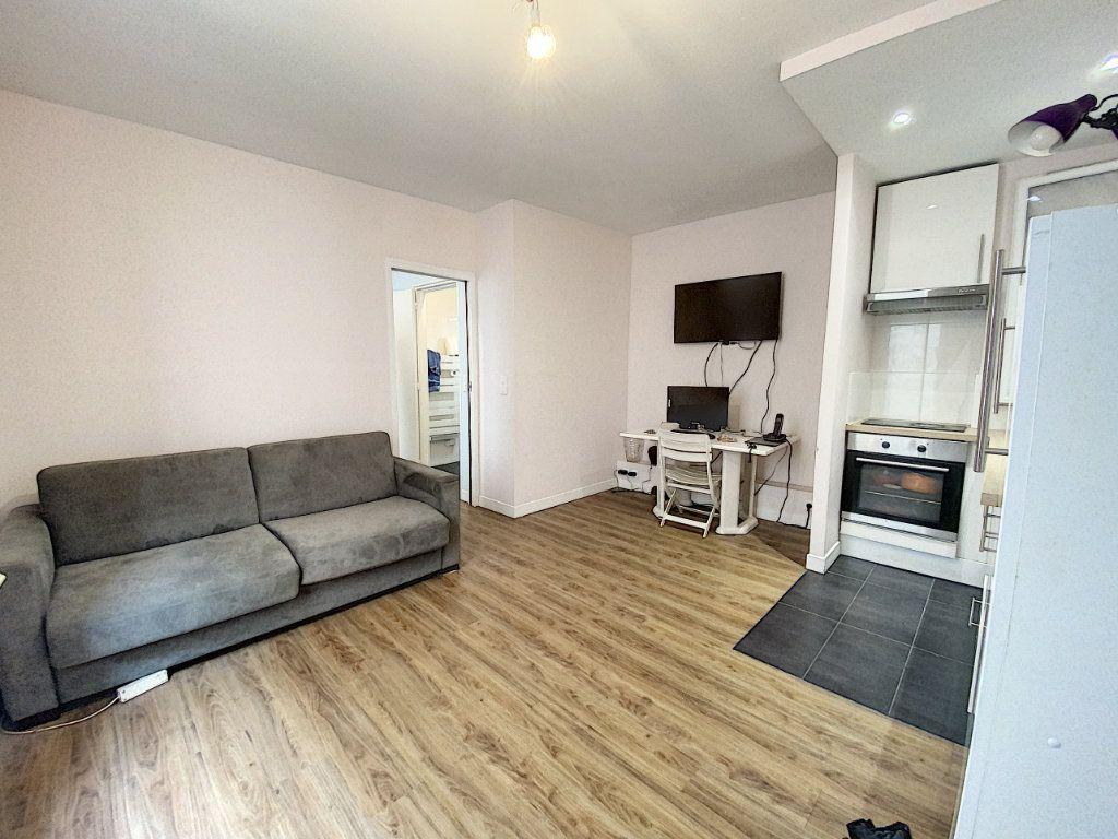 Appartement à vendre 2 30m2 à Paris 11 vignette-2