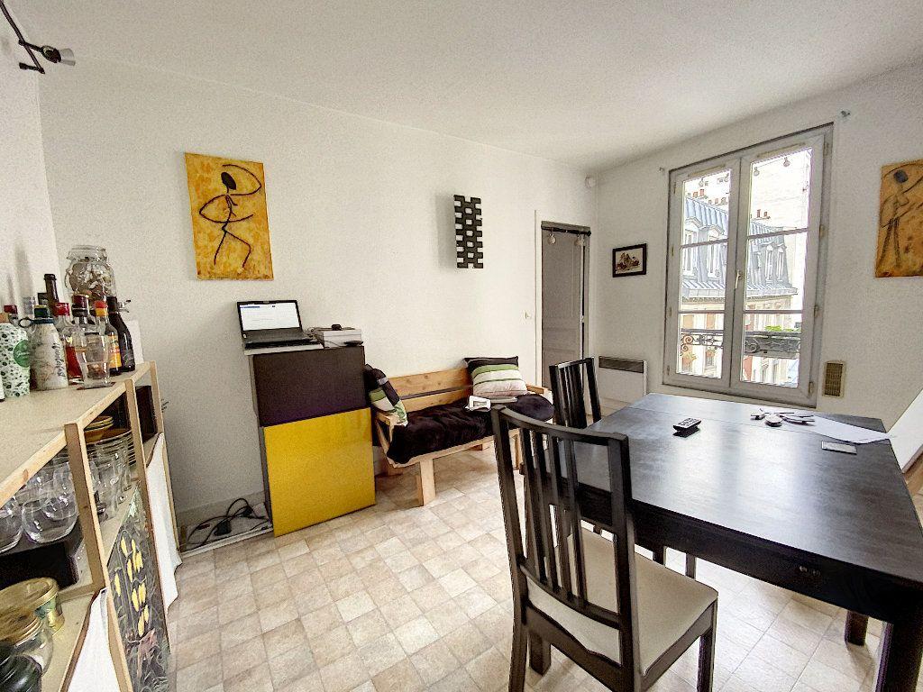 Appartement à vendre 2 30.8m2 à Paris 11 vignette-2
