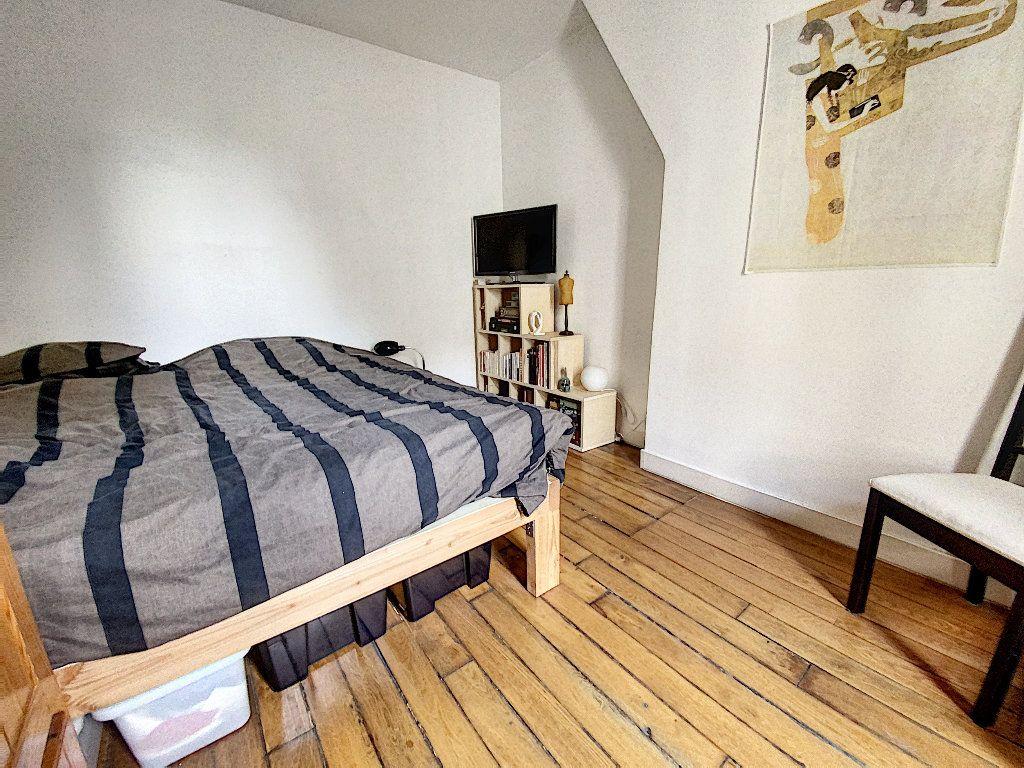 Appartement à vendre 2 30.8m2 à Paris 11 vignette-4