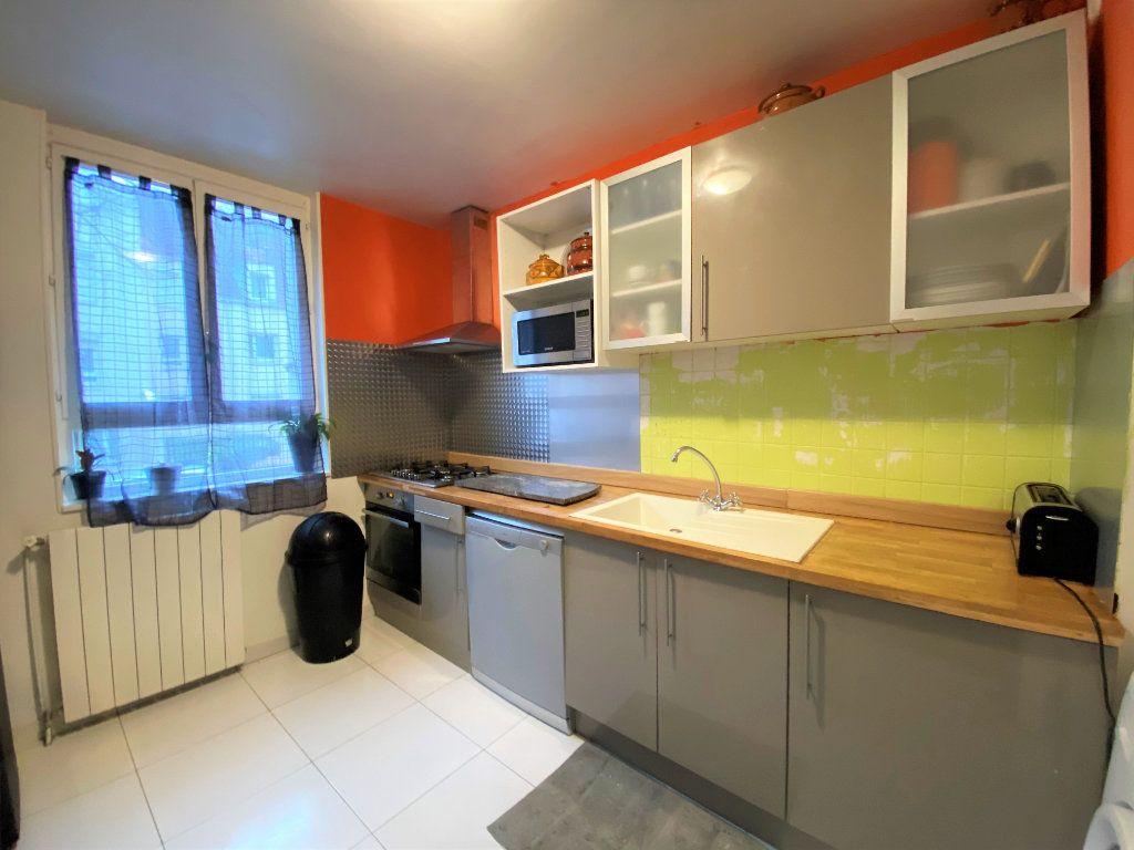 Appartement à vendre 5 85m2 à Cergy vignette-3