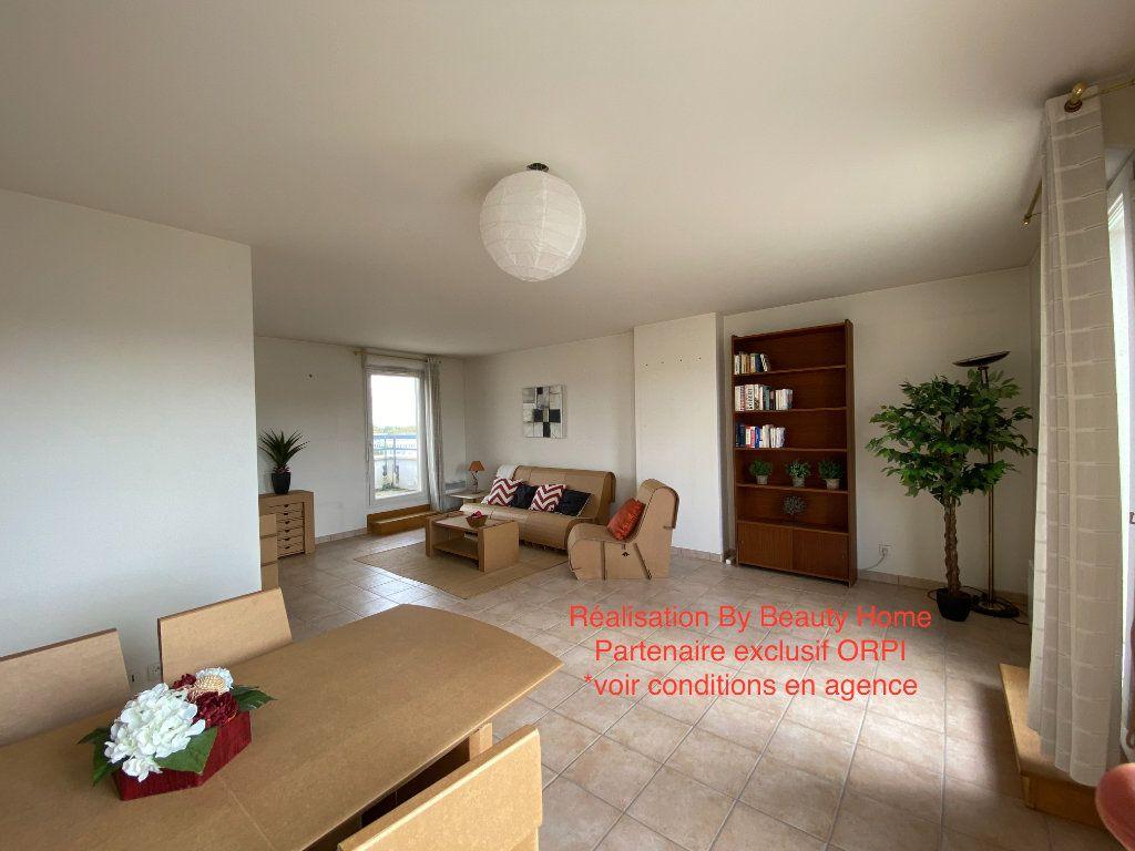 Appartement à vendre 4 93.5m2 à Cergy vignette-2
