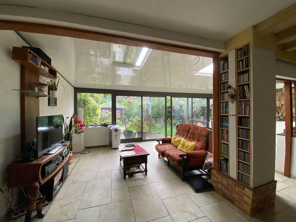 Maison à vendre 6 106m2 à Jouy-le-Moutier vignette-4