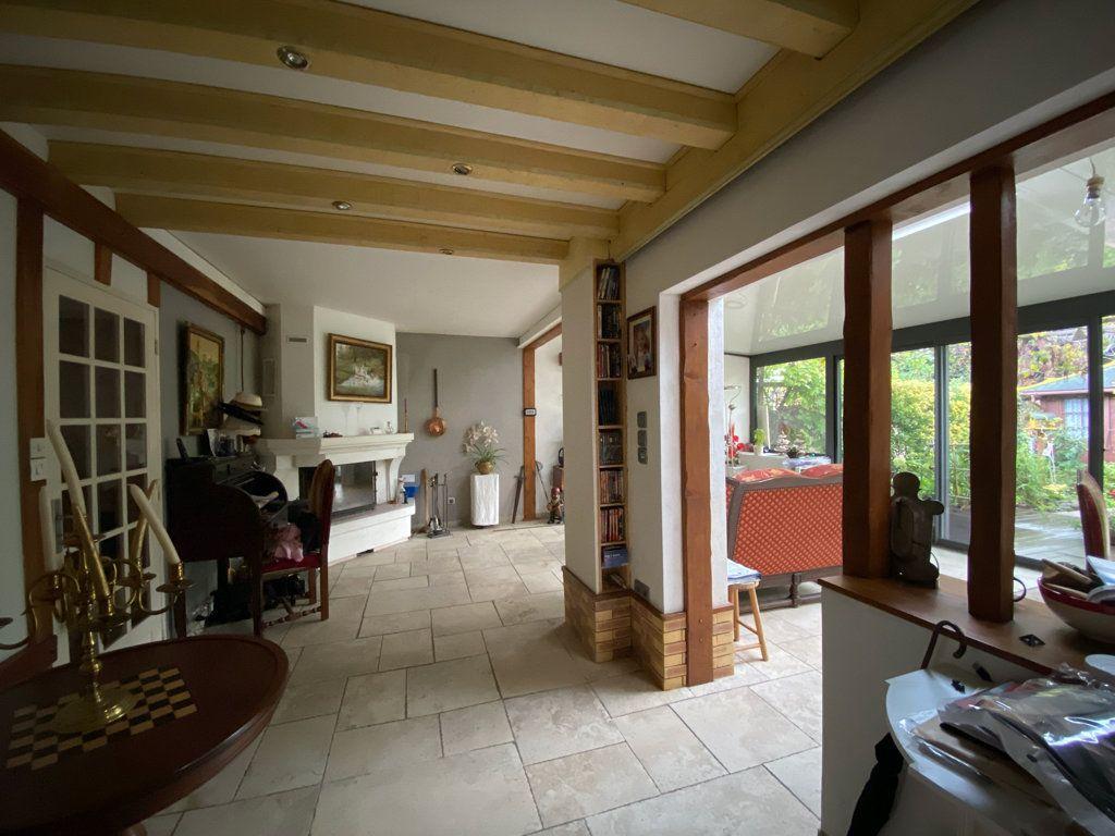 Maison à vendre 6 106m2 à Jouy-le-Moutier vignette-5