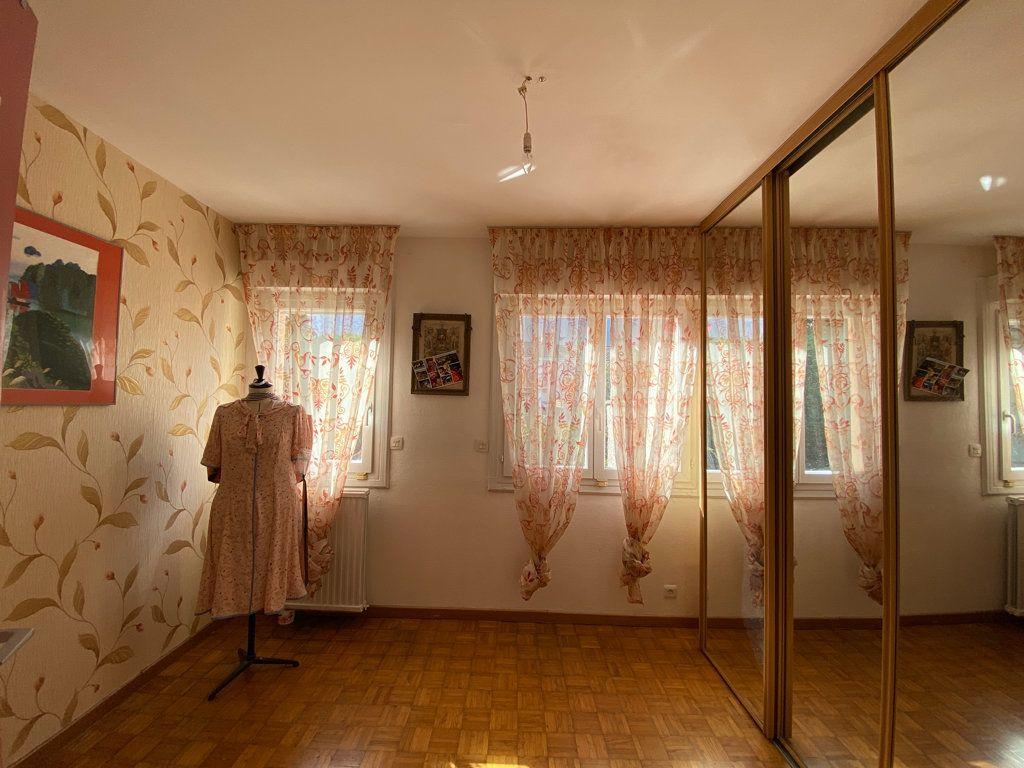 Maison à vendre 6 106m2 à Jouy-le-Moutier vignette-7