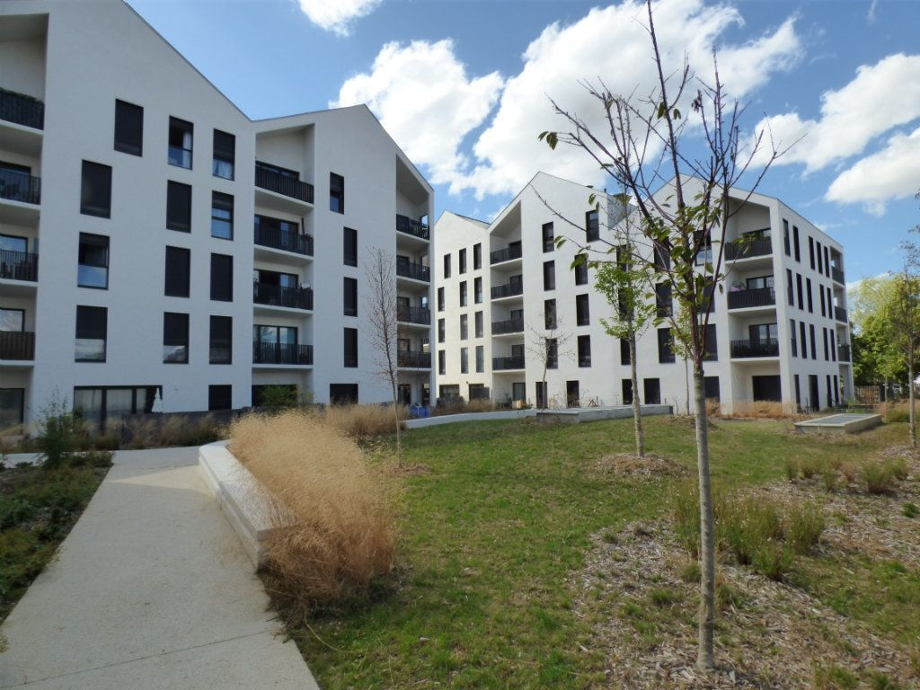 Appartement à vendre 1 26.69m2 à Jouy-le-Moutier vignette-1