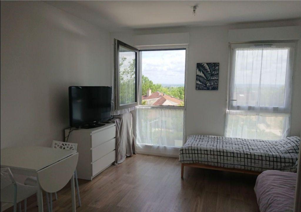 Appartement à vendre 1 26.69m2 à Jouy-le-Moutier vignette-3