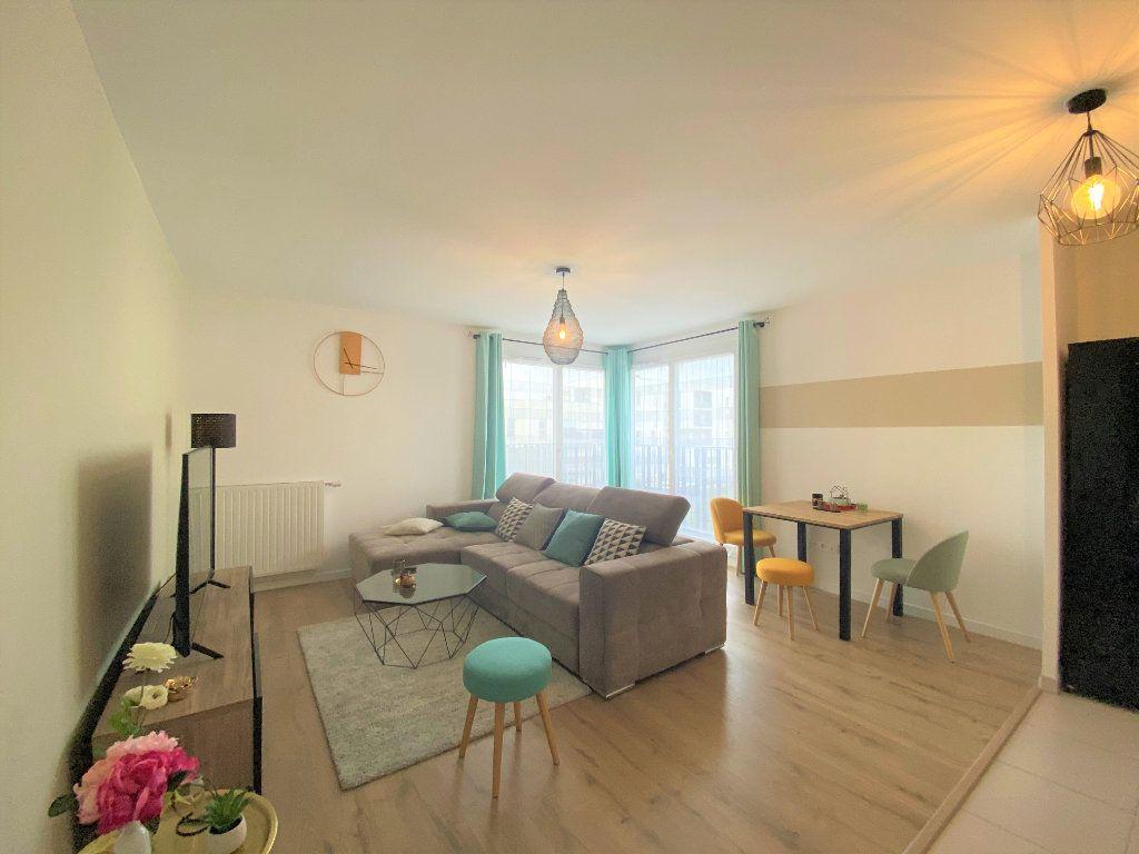 Appartement à vendre 3 60.58m2 à Cergy vignette-1